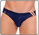A resolutely sporty design for this low waist panty raised with two vertical on...